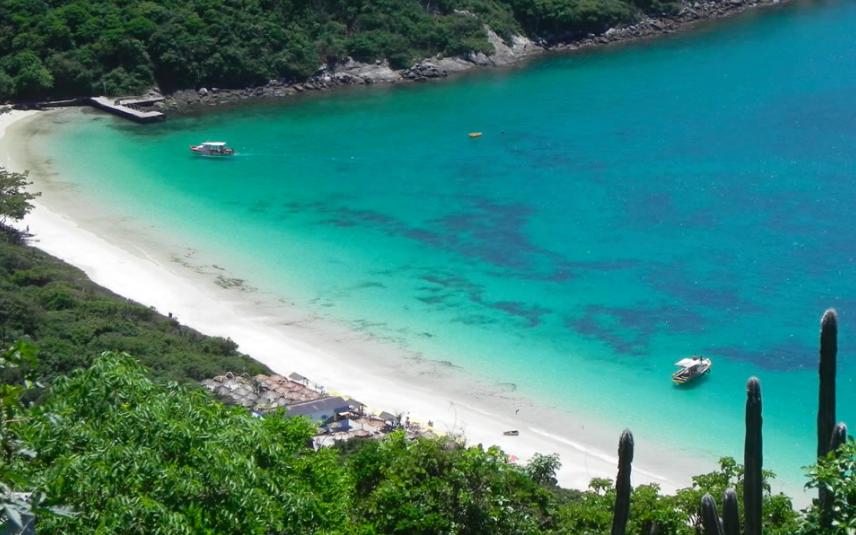 Praia do Forno Arraial DO cabo