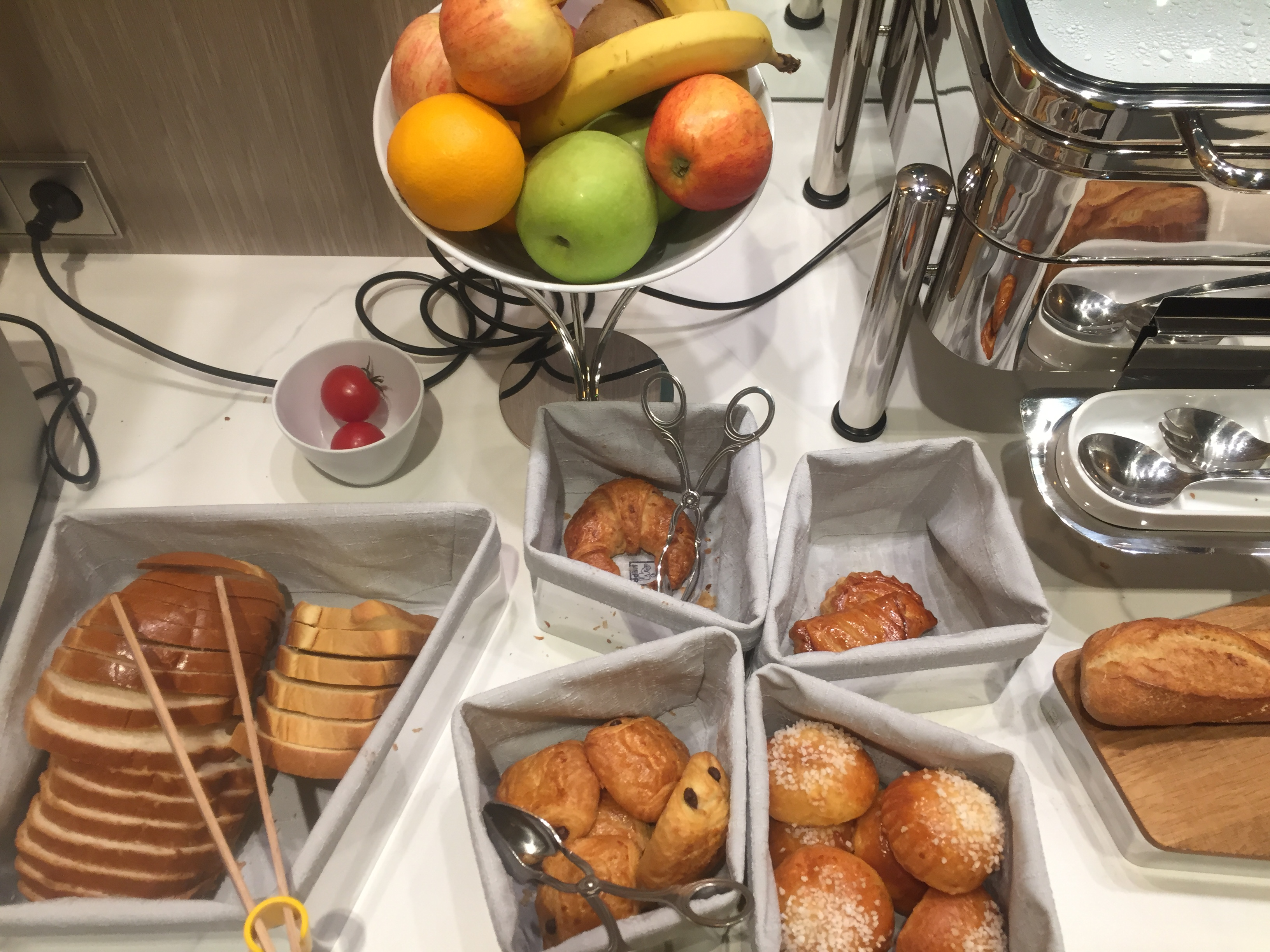 La Lanterne Hotel Paris petit déjeuner