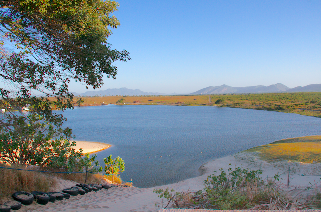 Cumbuco Fortaleza Lagoa