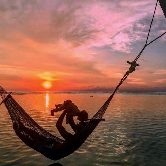gilitrawangan  Indonesia  Esses sunset incrveis e inesquecveis dehellip