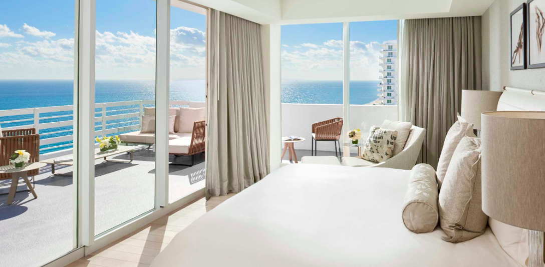 Hotel Fontenaibleau Miami
