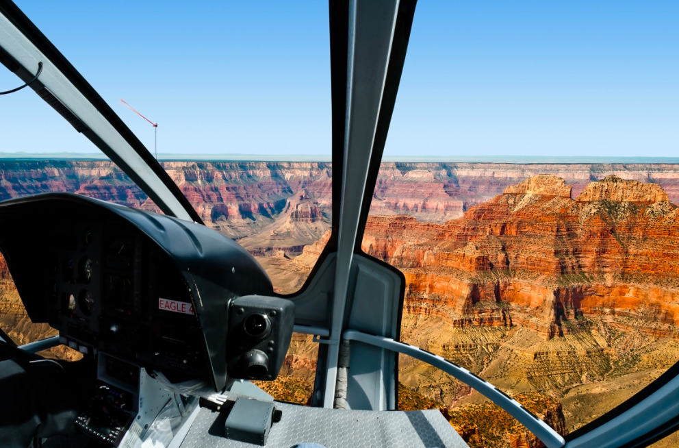 Helicóptero no Grand canyon