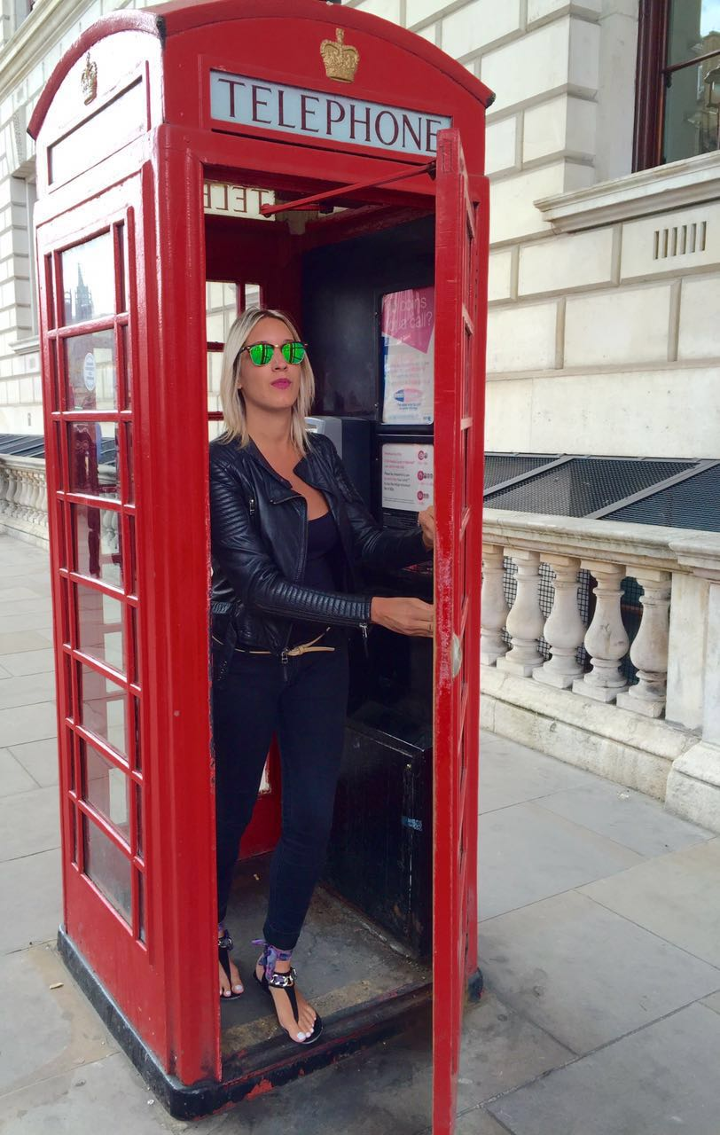telephone booth england