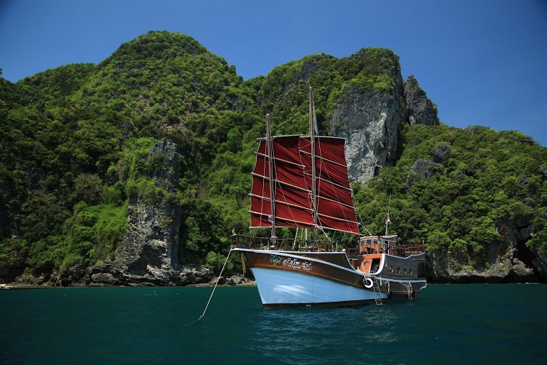 Romantic cruise, cruzeiro romântico, Chicken Island, Tailândia