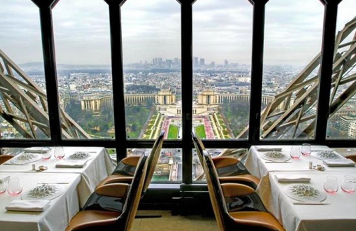 Tour Eiffel Jules Verne