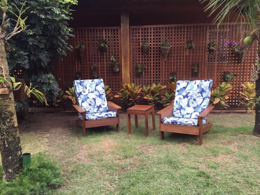 Cadeiras assim por todos os lados