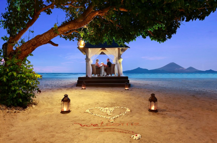 Romantic dinner Hotel Ombak Sunset