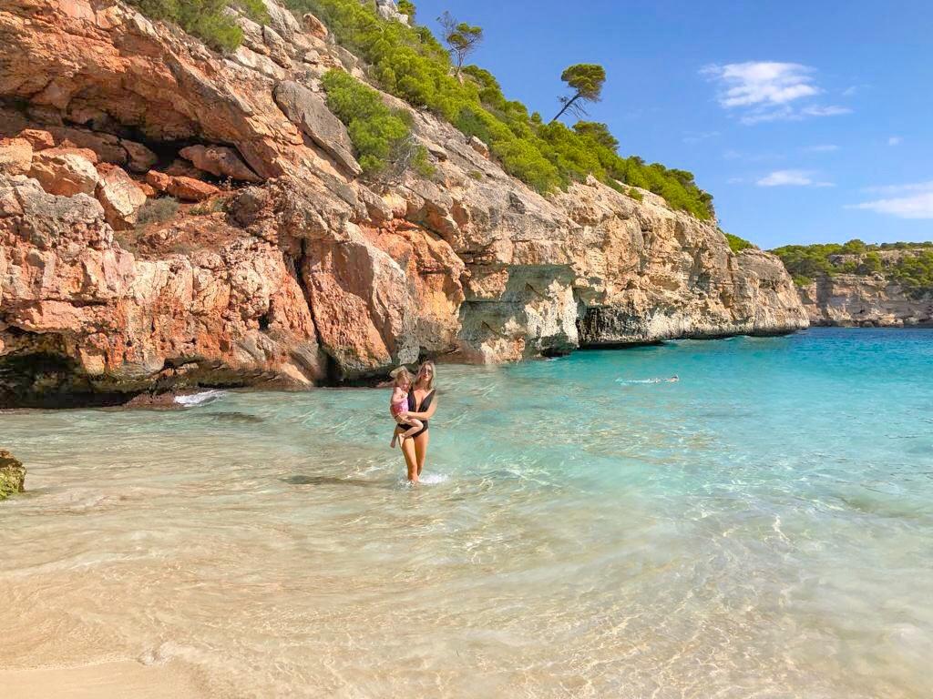 Melhores praias mais lindas na ilhas baleares - Calo des Moro