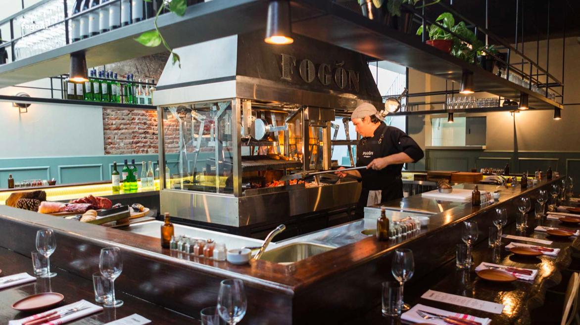 Restaurante carne Buenos Aires , fogón asado , melhores restaurantes Buenos Aires