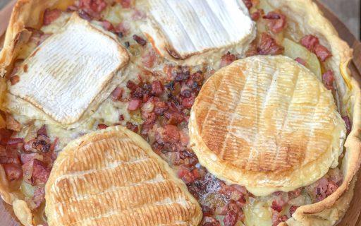 Torta de queijo camembert